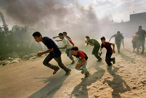 http://webgsl.files.wordpress.com/2009/01/gaza.jpg
